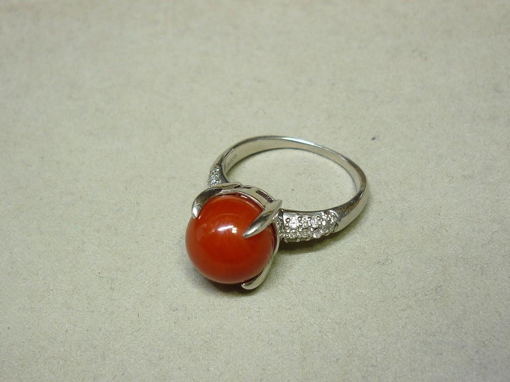 Pt900リング赤サンゴダイヤ